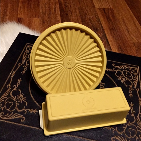 🦋2/$10 3/$15 4/$18 5/$20 Vintage Tupperware Set